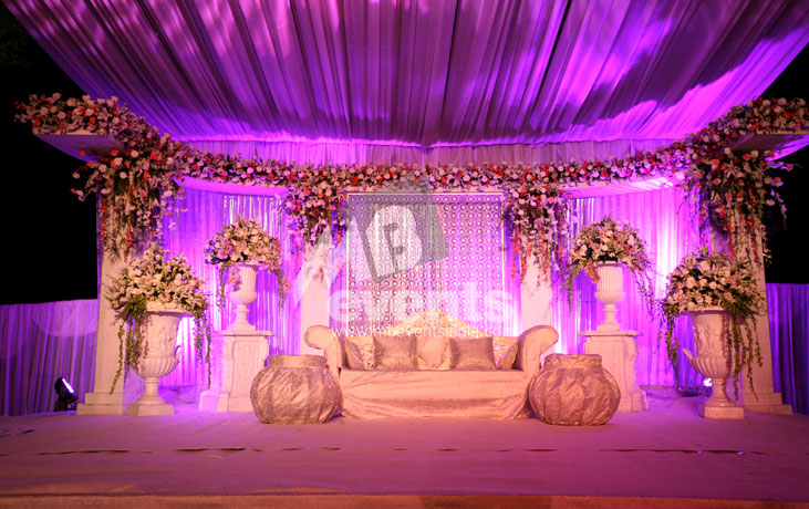 Mb events themes decor sangeet and cocktail for Sangeet decorations at home